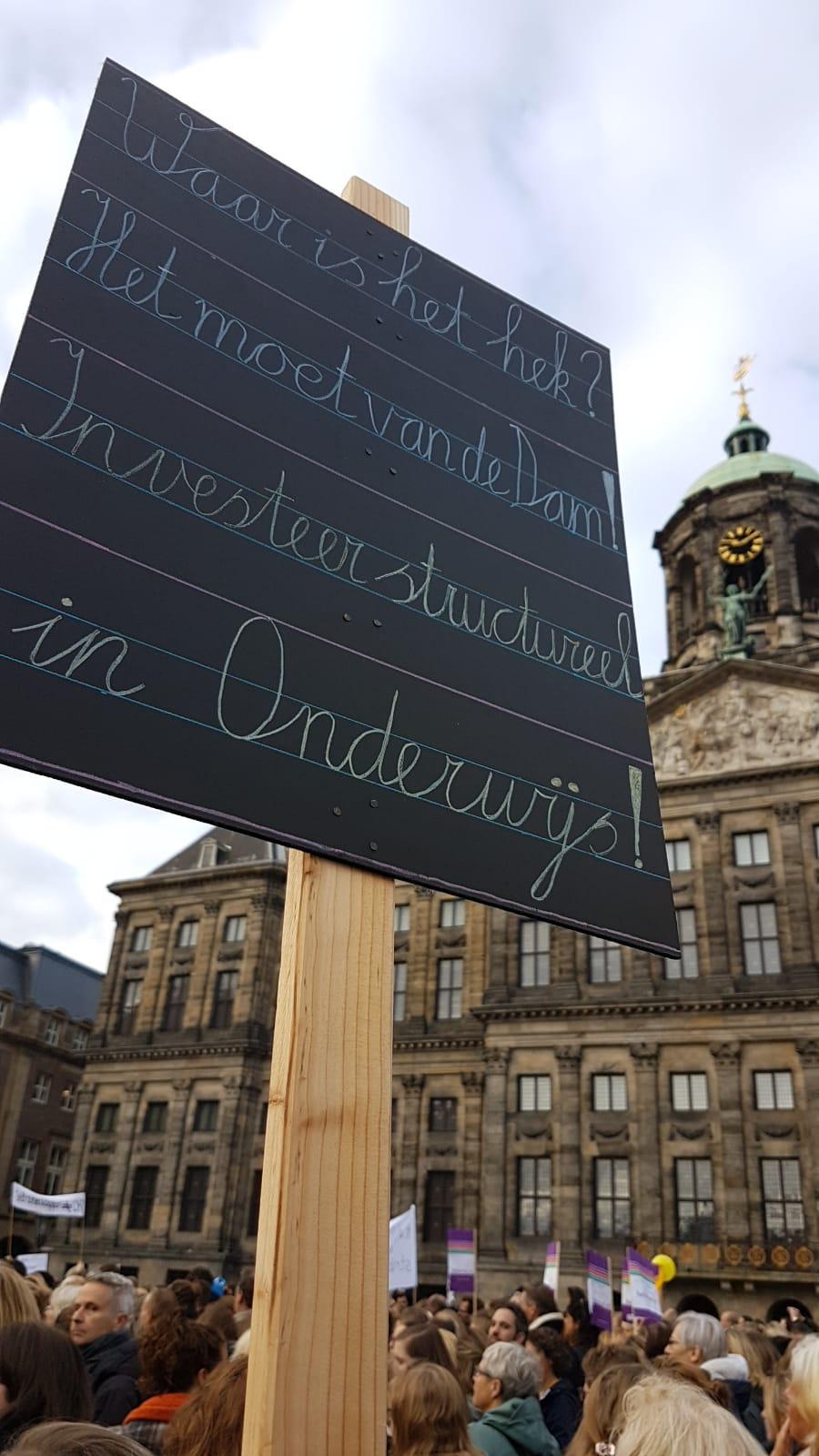 Staking – Ook docenten van het Bonhoeffercollege komen op voor de toekomst van het onderwijs