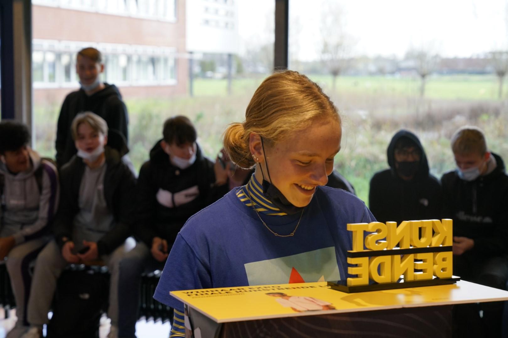 Bonhoeffercollege trots op prijswinnares Anne